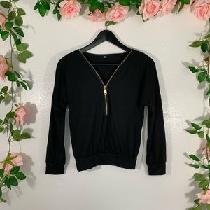 Tops - Black and gold pull over top size small